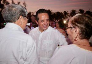 """El gobernador Carlos Joaquín inaugurará este lunes la remodelación de """"El Crucero"""" en Cancún"""