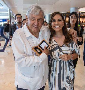 """Explica Mara Lezama a AMLO logros en Cancún del programa """"Todos por la Paz»"""