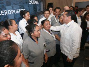 Quintana Roo se consolida como líder en crecimiento económico y en generación de empleos: Carlos Joaquín