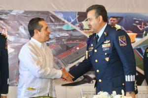 La Fuerza Aérea Mexicana es parte de la historia y del crecimiento de Cozumel: Carlos Joaquín