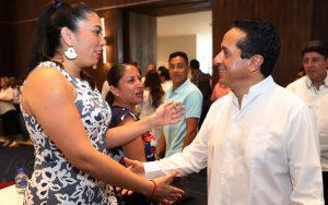 En Quintana Roo, se trabaja con instituciones internacionales para mejorar las condiciones de los arrecifes: Carlos Joaquín