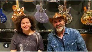 Mijares hace dueto con su hija en cuarentena (Vídeo)