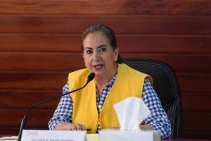 Da positivo a COVID-19 la secretaria de Salud de Tabasco; reporteros piden les apliquen la prueba