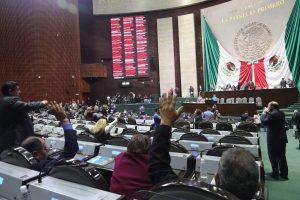 Avalan diputados reforma que les permite buscar reelección sin dejar el cargo