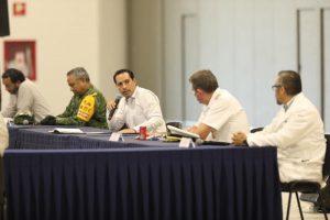 El Gobernador Mauricio Vila Dosal y representantes de hospitales públicos y privados refrendan trabajo coordinado para cuidar de la salud de los yucatecos