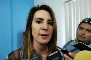 Ante la caída en el precio del petróleo a nivel mundial el costo de la gasolina en México debería bajar: Soraya Pérez Munguía