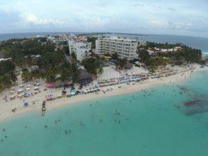 Con playas limpias y libres de sargazo Isla Mujeres recibirá a vacacionistas en Semana Santa 2020