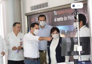 El Gobernador Mauricio Vila Dosal supervisa los filtros sanitarios en el aeropuerto de Mérida y puntos carreteros