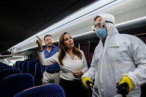 Supervisa e instruye Mara medidas de higiene en medios de transporte en Cancún