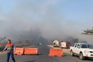 Reportan incendio de pastizal en carretera estatal Minatitlán-Coatzacoalcos