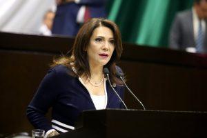 Es momento de hacer lo socialmente correcto; los mexicanos no están solos: Adriana Teissier Zavala