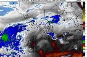 Lluvias, descargas eléctricas, granizadas, vientos fuertes y posibles torbellinos o tornados se prevén en el noreste de México