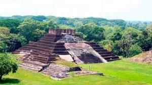 Hay que conocer la Zona Arqueológica de Comalcalco: INAH