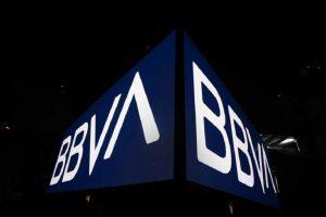 Reportan fallas de banca en línea de BBVA