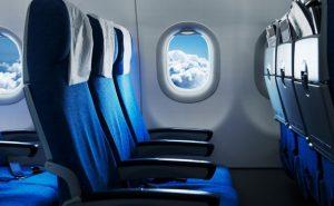 ¿Qué pasará con el asiento de en medio de los aviones ante las medidas de sana distancia?