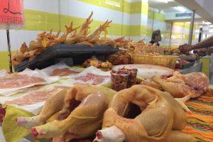 Reporta Profeco baja en precios de huevo blanco, limón, papa y pollo entero