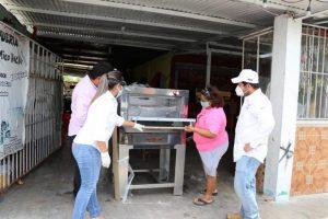Mujeres del medio rural cuentan con el respaldo del Gobierno de Yucatán a través de la entrega de materiales, equipos y herramientas
