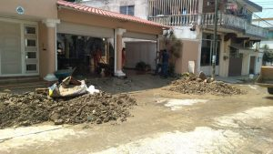 Lluvias deja daños en puente y barda, así como árboles caídos en Poza Rica