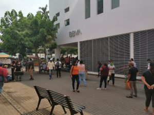Nuevamente salen a las calles y comercios del Centro Histórico en la capital de Tabasco