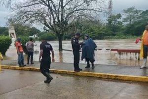 Emiten declaratoria de emergencia en 4 municipios de Veracruz por inundaciones