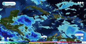 Se aproximan 3 ondas tropicales a la península de Yucatán
