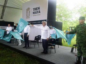 López Obrador cierra banderazos del Tren Maya en Palenque, Chiapas