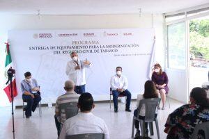 Anuncia Adán Augusto construcciones de hospital regional y planta potabilizadora en Teapa