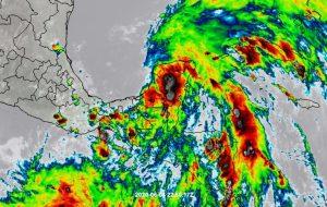 """Los mayores efectos de """"Cristóbal"""" serán en las próximas horas para la península de Yucatán"""