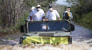 """Realiza Vila intenso recorrido en el sur de Yucatán afectadas por """"Cristóbal"""""""
