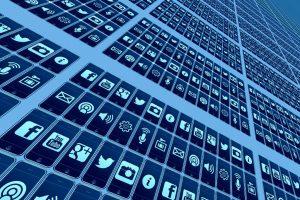 Google elimina 25 apps en Android por robar datos de Facebook a usuarios