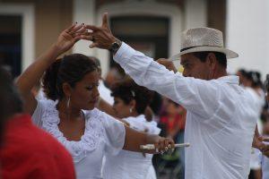 Aprende a bailar danzón, salsa y mambo ¡gratis!