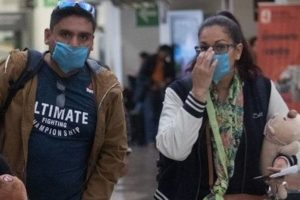 Aprueban multas de 2,600 pesos y arrestos de 23 horas para quienes no usen cubrebocas en Toluca