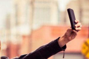 Para respetar tonos de piel en fotos, buscarían eliminar de celulares el 'modo belleza'
