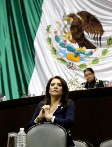 Cumple Diputada Federal Adriana Teissier su palabra y denuncia a funcionarios de la COFECE ante la Secretaría de la Función Pública