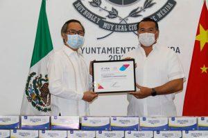 Nuevo donativo de la comunidad china al Ayuntamiento de Mérida: 30,000 cubrebocas