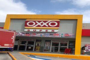 Oxxo Súper la cadena de tiendas para que encuentres más productos