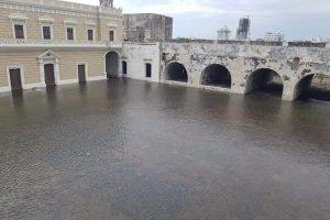 Reportan inundación de Fortaleza de San Juan de Ulúa en Verscruz tras paso del Frente Frío número 4