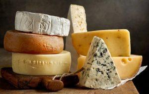Nutriólogo recomienda consumir quesos pasteurizados para evitar daños a la salud