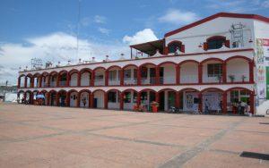 Por falta de pago, CFE corta la energía eléctrica al Palacio Municipal de Huimanguillo, Tabasco
