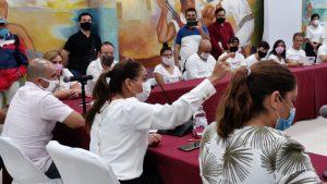 Dialoga gobierno municipal de Benito Juárez con grupo de manifestantes