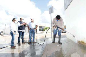 Supervisa Renán Barrera la puesta en marcha de una nueva brigada municipal de limpieza