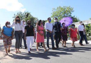 Entregan el gobernador Mauricio Vila y el alcalde Renán Barrera, 35.7 kilómetros de calles pavimentadas en la capital yucateca