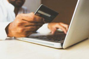 Alertan de fraudes bancarios por mensajes de celular, correos y llamadas telefónicas