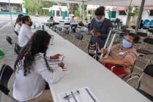 Concluye aplicación de la primera dosis contra la covid-19 en Cancún