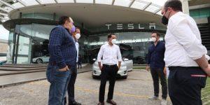 Llega a Yucatán la compañía Tesla