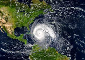 El Caribe bajo amenaza de ciclón tropical «Elsa»