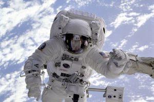 ¿Cuanto cuesta un viaje al espacio?