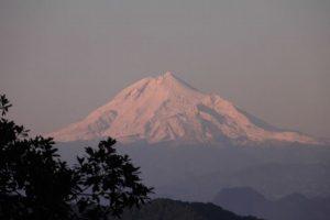 Pico de Orizaba se encuentra entre Veracruz y Puebla, reconocen en INEGI