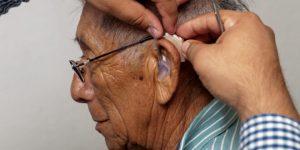 Se han entregado mil 514 auxiliares auditivos en Yucatán, durante la actual administración