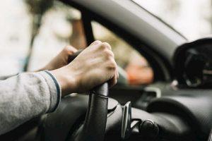 PEC y Finanzas en Tabasco, exhorta a automovilistas aprovechar descuentos en refrendo